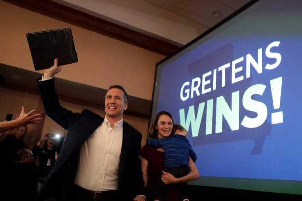 Eric Greitens is currently the governor of Missouri