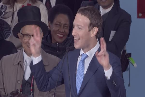 Financial Times Op-Ed: Why Facebook should pay us a basic income