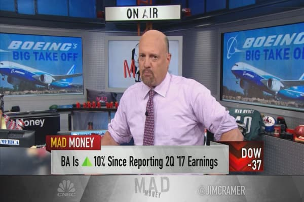 Cramer explains why analysts missed the rally in Boeing's soaring stock