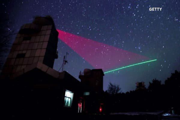 China uses a quantum satellite to transmit potentially unhackable data