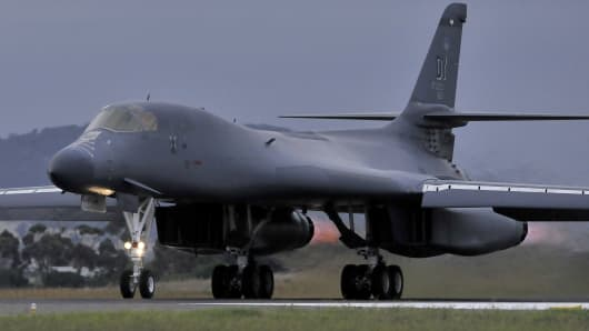 A US Air Force B-1B Bomber.