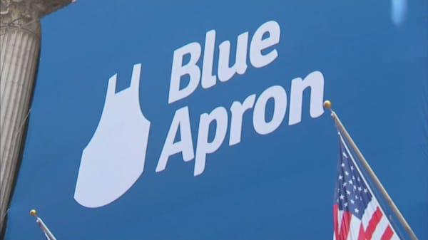 Blue Apron shares plummet 15% as new facility start-up costs slash marketing spending
