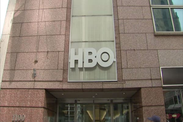 HBO is trying to get $250,000 in bitcoin to pay hackers who stole Game of Thrones scripts