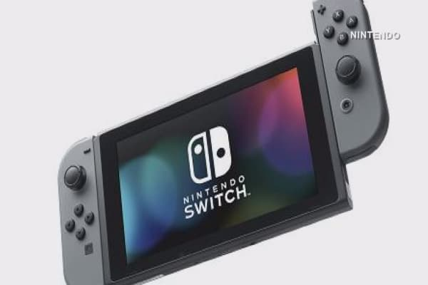 Nintendo is getting sued over the design of its detachable Switch console controllers