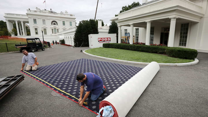 oval office white house. Workers Cut New Carpeting In The Driveway Outside West Wing During Rennovation Work At Oval Office White House