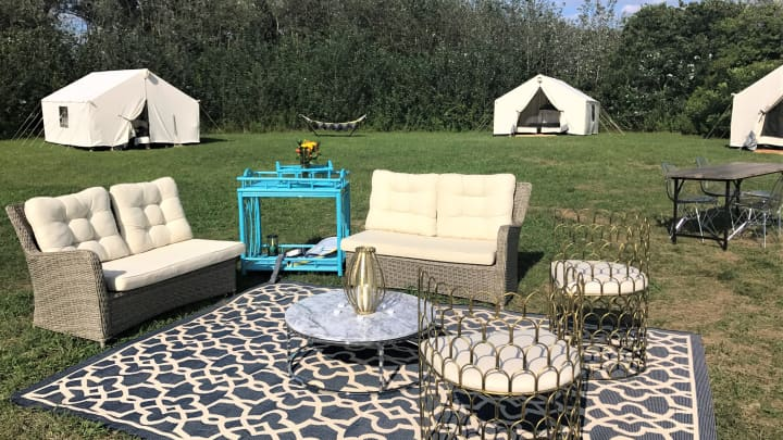 Pop-up glamping near New York City.