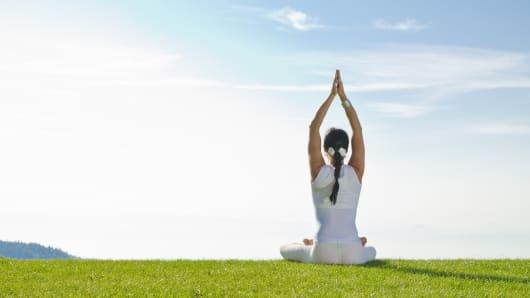 FB_2011_2345_Yoga