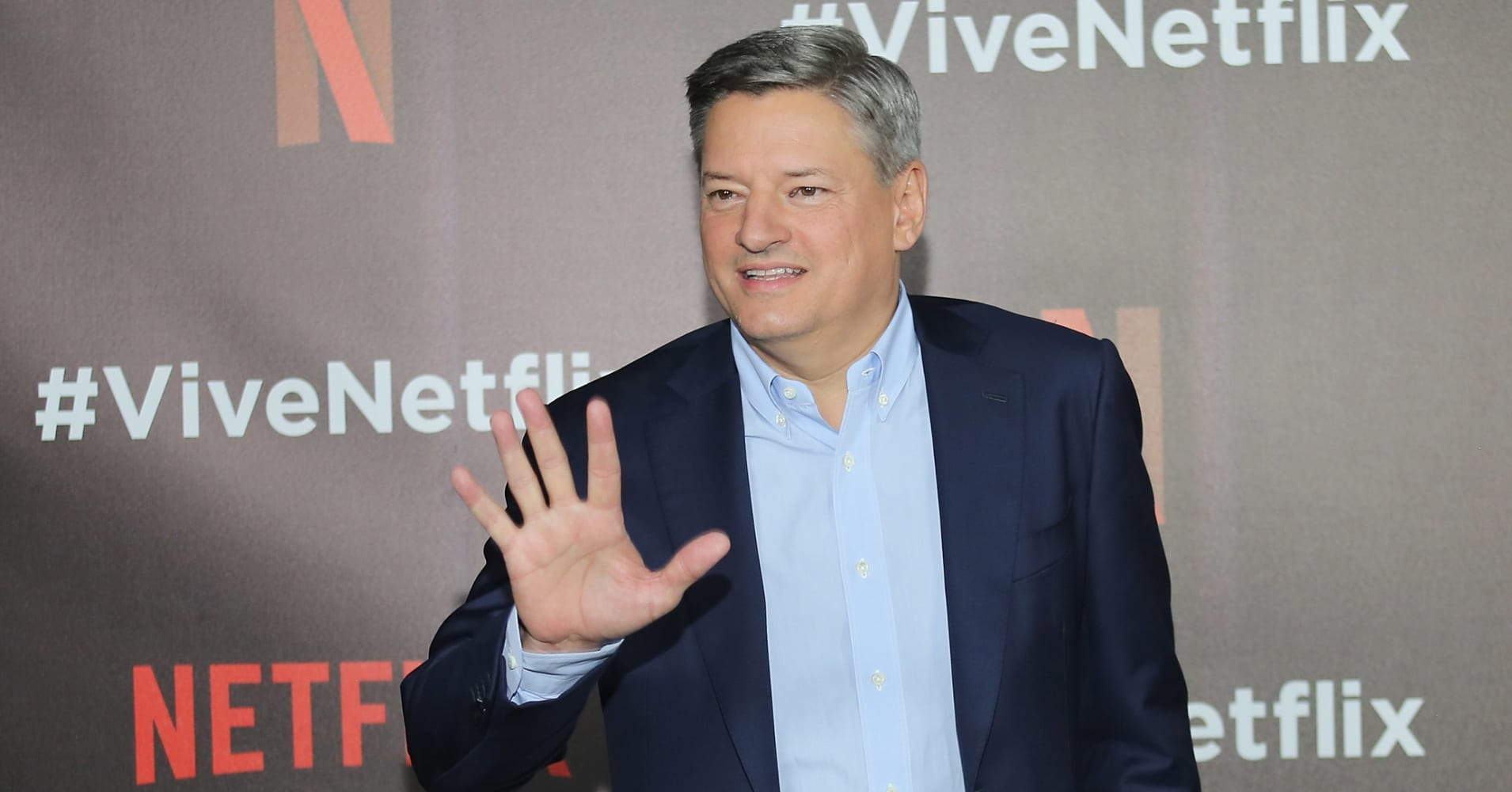 Netflix Continues to Burn Cash at a Record Pace, but Investors Love it