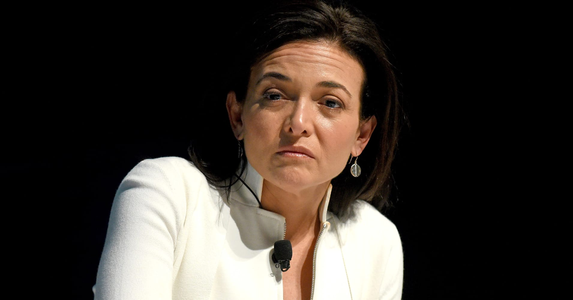 Zuckerberg and Sandberg will reportedly stay...