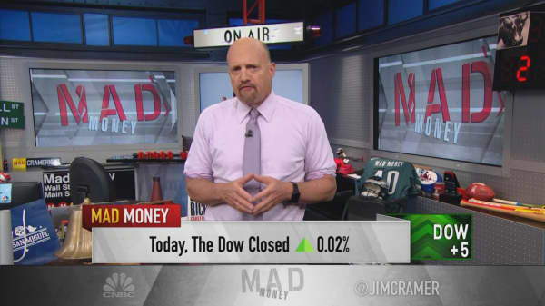 Cramer uses fantasy football to teach investors the cardinal rules of diversification
