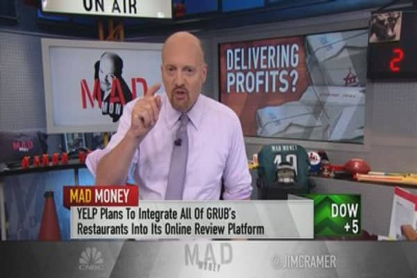 Cramer: Why the Yelp-GrubHub partnership is a match made in heaven