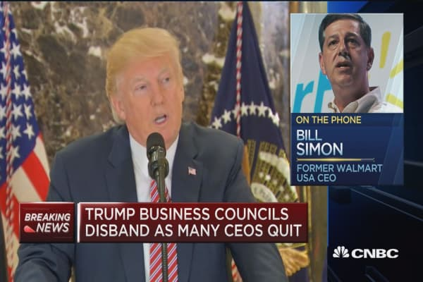 I can in no way defend what the President has said or done; we have to figure out a way to move forward: Former Wal-Mart CEO