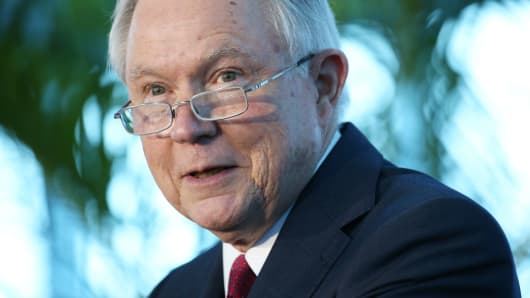 Sessions rails against Chicago during visit to Miami