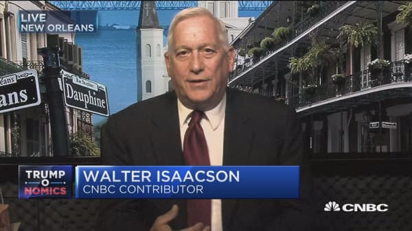 Walter Isaacson: Trump is 'unhinged' to focus on Confederate statues over actual agenda