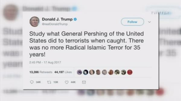 Trump promotes unfounded story about mass killing of terrorists