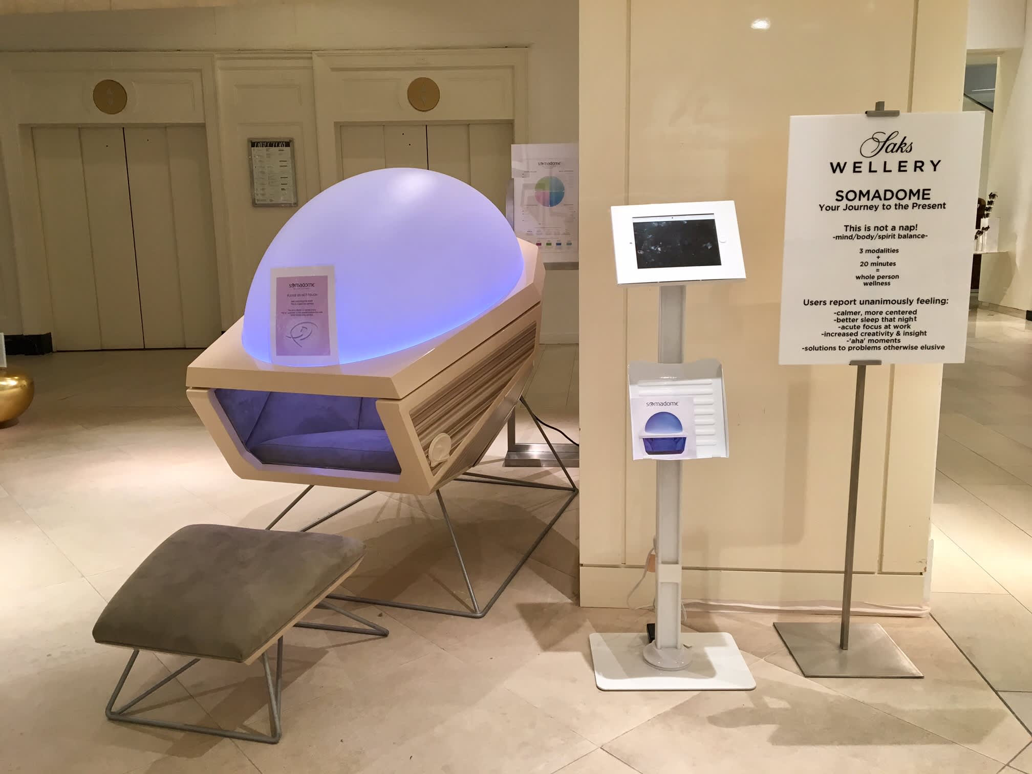 988ee85532 Saks experiments with new wellness services at its Fifth Avenue store