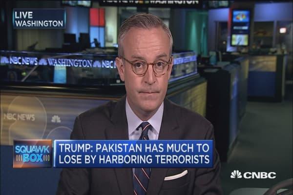 Trump calls for troop increase in Afghanistan