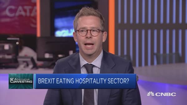 Rawlinson: Brexit making it harder for restaurant staff