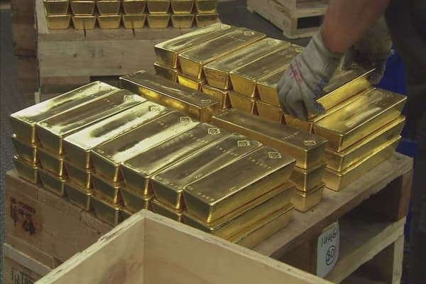 Germany's central bank just shifted 50,000 gold bars held overseas due to Cold War fears