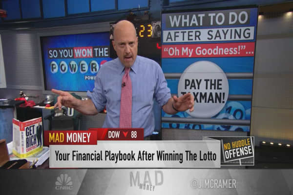 Cramer's lucky 7 rules for the winner of the $700 million Powerball jackpot