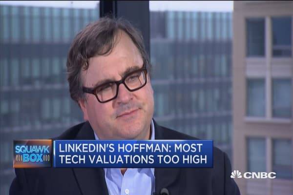 LinkedIn's Hoffman: Most tech valuations too high