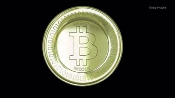 Cash is useless in Venezuela thanks to hyperinflation - so people are turning to bitcoin