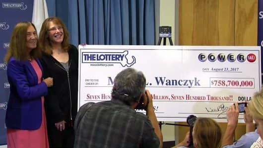 Massachusetts woman Mavis L. Wanczyk won the $758,700,000 Powerball.