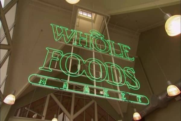 Amazon's new Whole Foods discounts wipe out nearly $12 billion in market value from grocery sellers