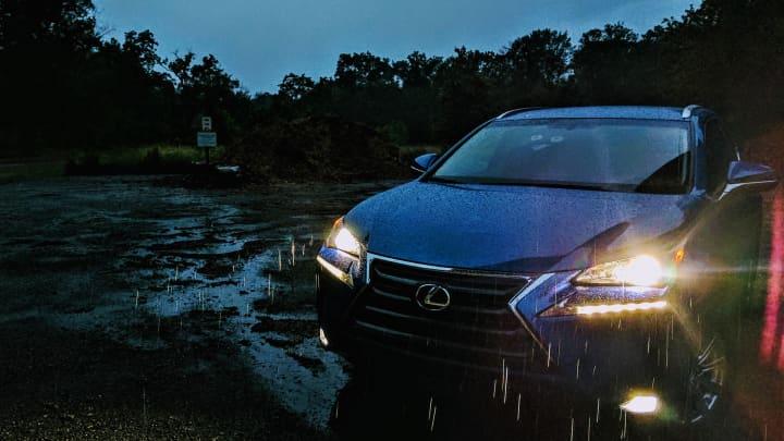 CNBC Tech: Lexus NX200t 7