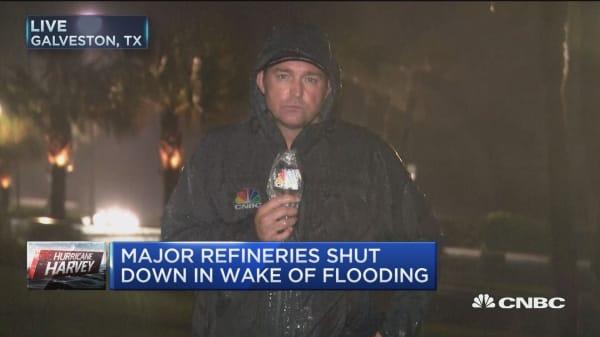 Major refineries remain shut down in wake of Hurricane Harvey