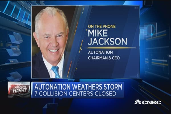 AutoNation CEO: Auto sales at a standstill in Houston