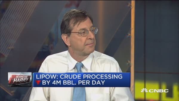 Utilities, not refiners have sustained major damage: Andy Lipow