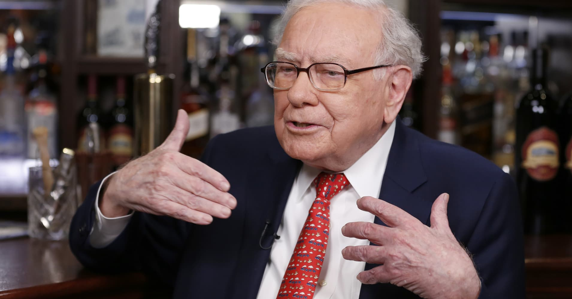Here are Warren Buffett's 10 biggest holdings now, half of which are banks