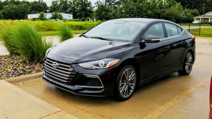 watch sport elantra first turbo hyundai ps look