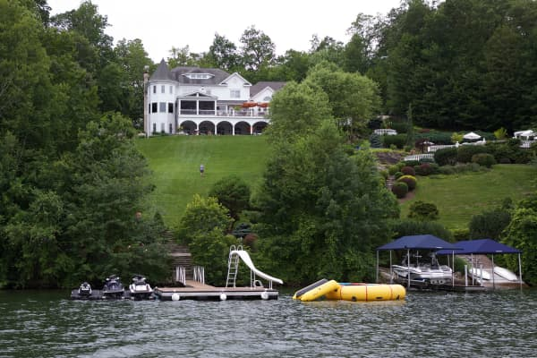"The setting for Sara Blakely and Jesse Itzler's adult summer camp, themed "" Live Life for a Living,"" at Candlewood Lake in Connecticut."