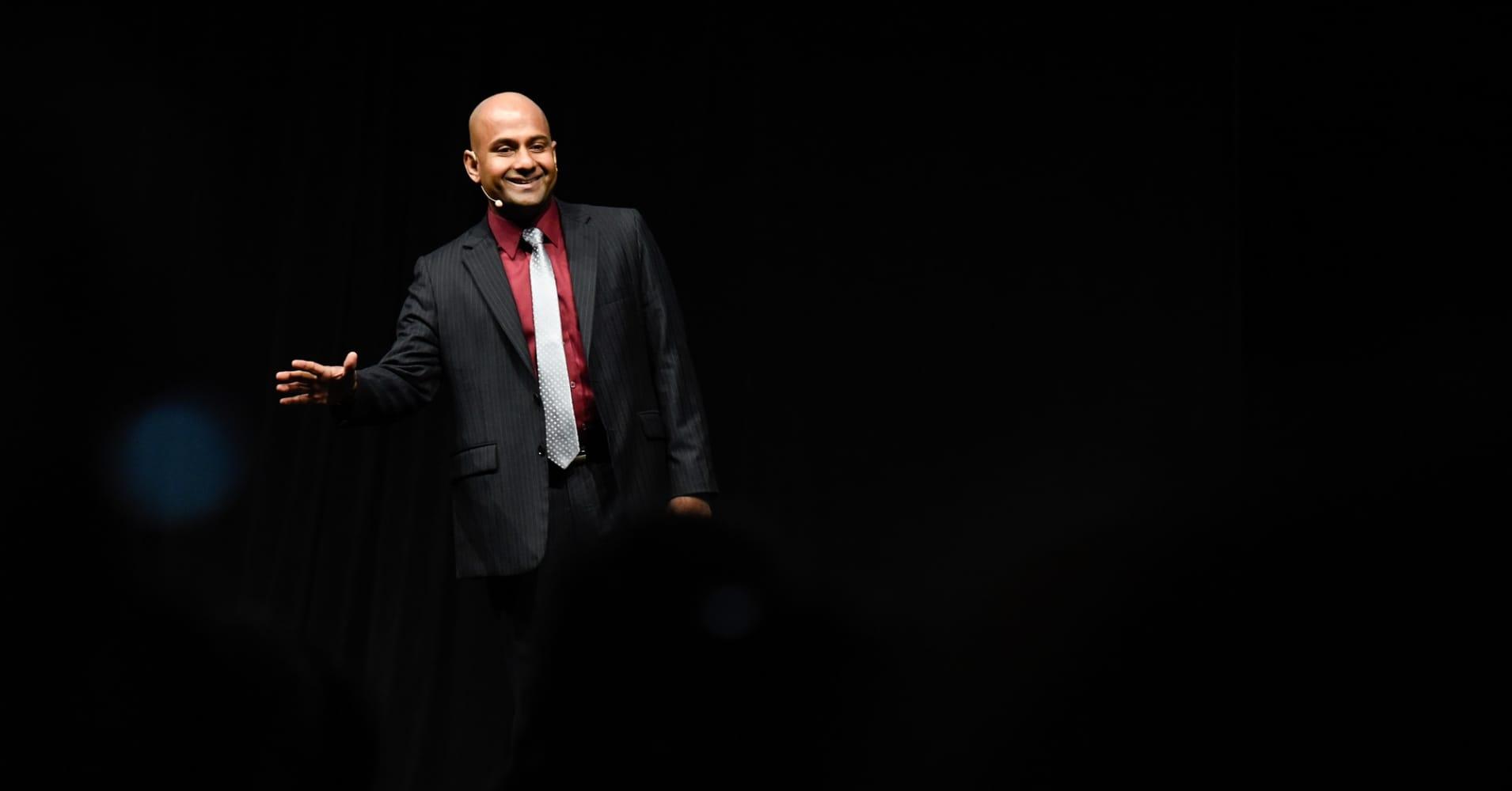 Manoj Vasudevan is the 2017 Toastmasters World Champion of Public Speaking.