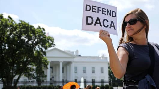 Protesters demonstrate in favor of immigration reform in front of the White House August 30, 2017 in Washington, DC.