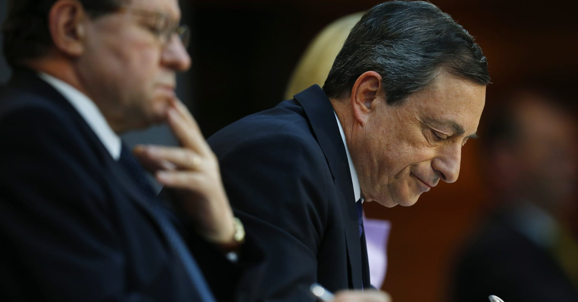 European Central Bank could revisit its monetary policy 'early this year,' minutes reveal