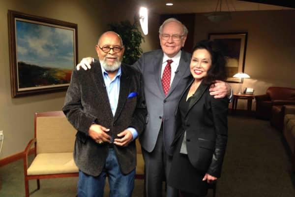 Rev Cecil Williams, Warren Buffett and GLIDE Co-founder Janice Mirikitani (Rev. Williams' wife).