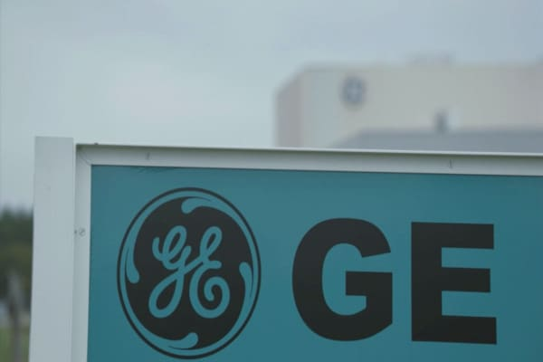 GE shares tank after JPMorgan report