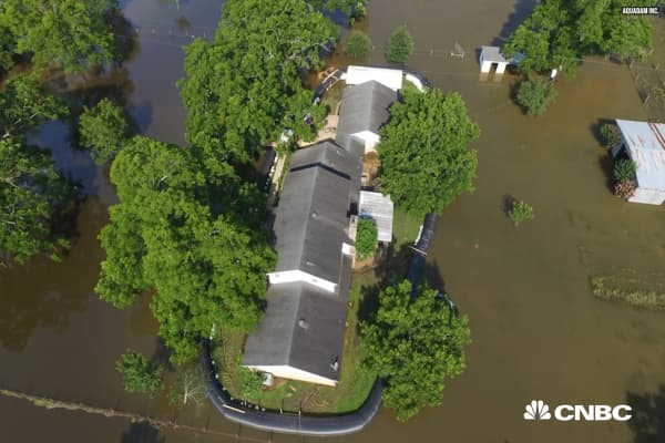 Why homeowners are paying $10,000 for personal dams to protect from floods