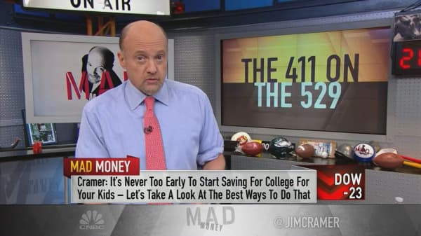 Cramer: The best way to avoid crushing student loan debt