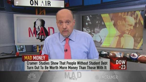 Cramer's plan to avoid crushing student loan debt