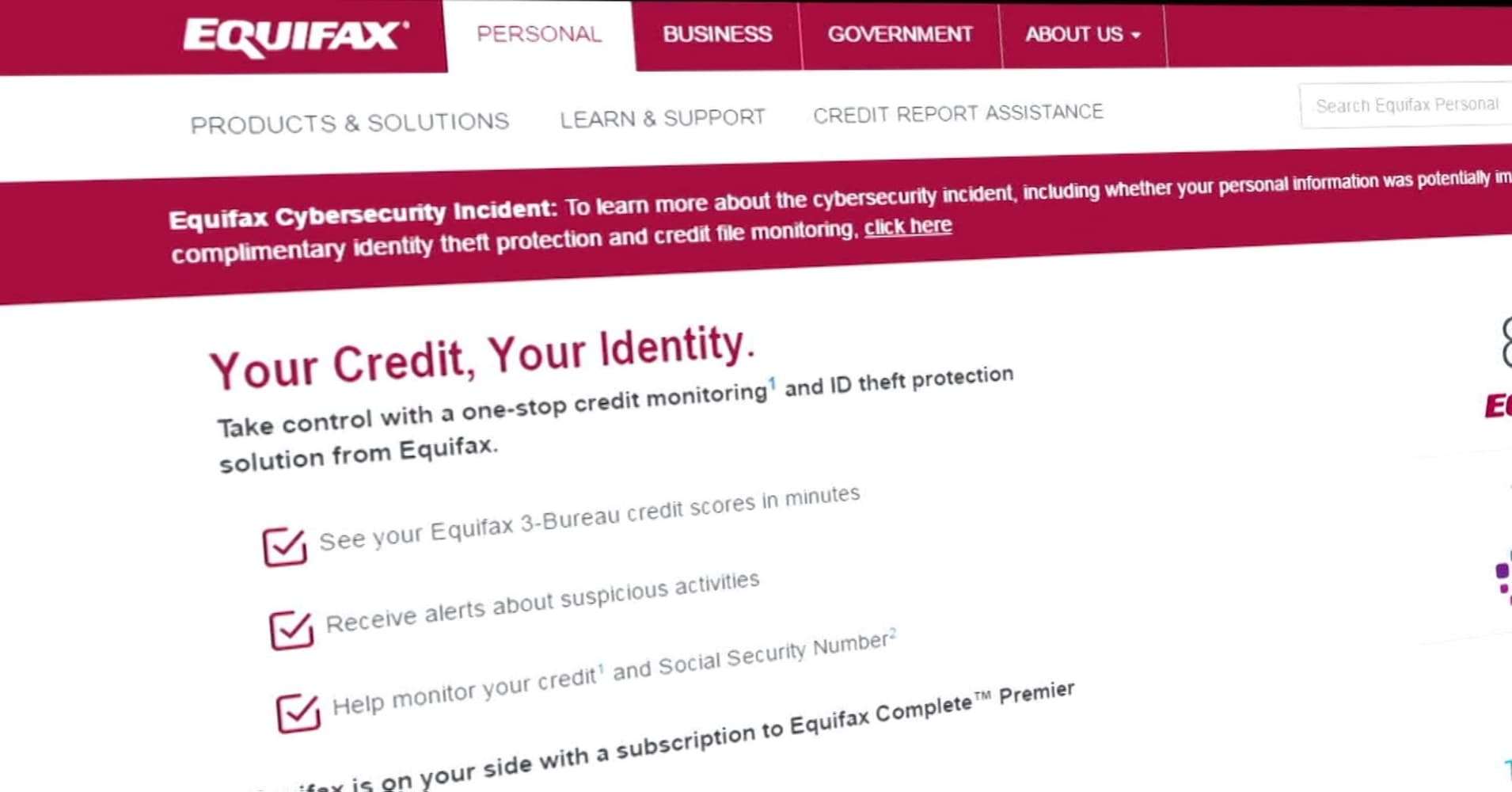 Equifax cyberattack three executives sold shares worth nearly 2 equifax yadclub