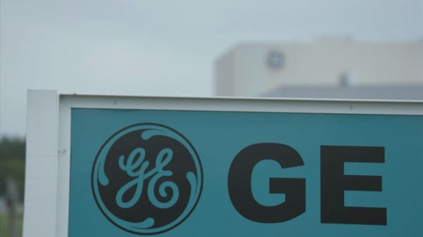 GE shares are trading lower than after Lehman's bankruptcy