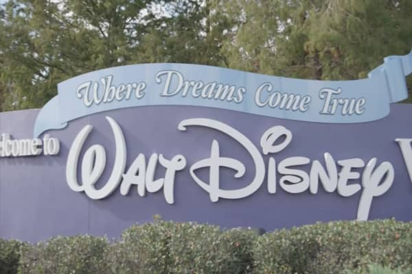 Walt Disney World to close early Saturday due to Irma