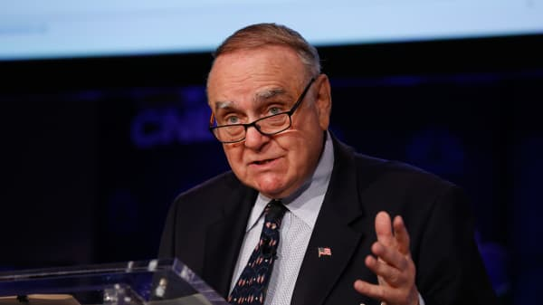 Leon Cooperman speaking at the 2017 Delivering Alpha conference in New York on Sept. 12, 2017.