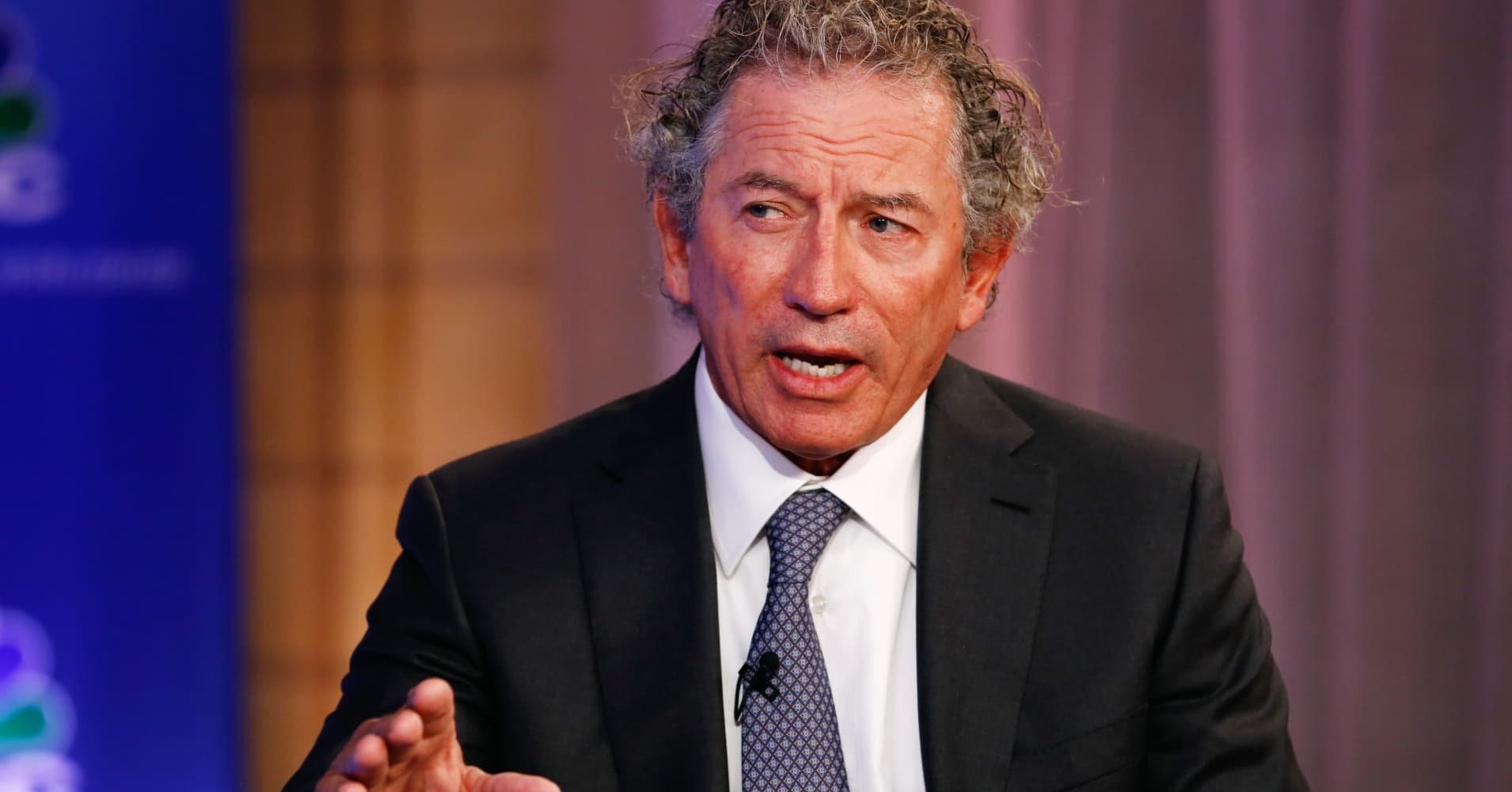 Billionaire Thomas Siebel on immigration: US should be stapling green cards to college diplomas