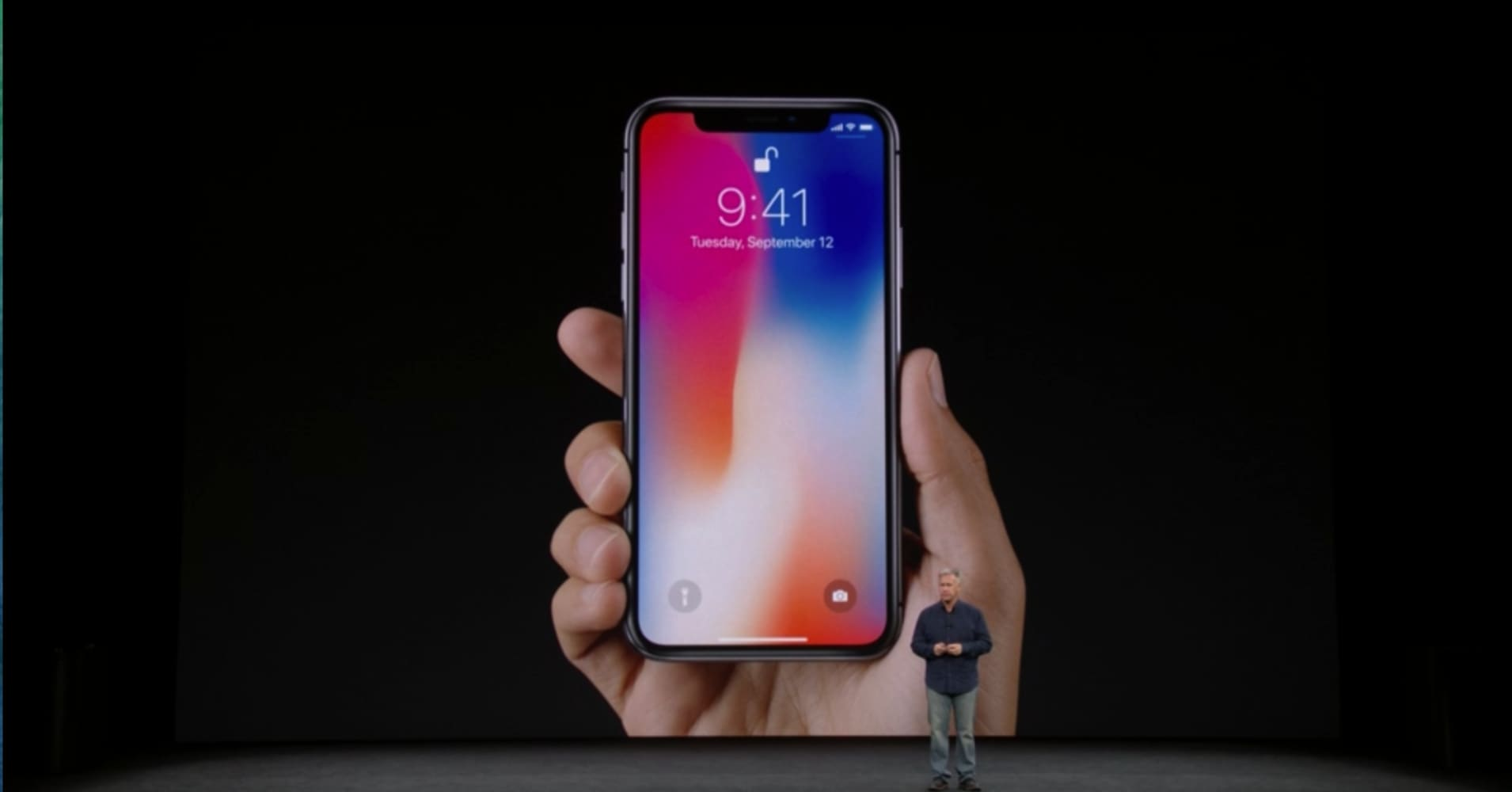 Apple stock falls on disappointment about iPhone X release date