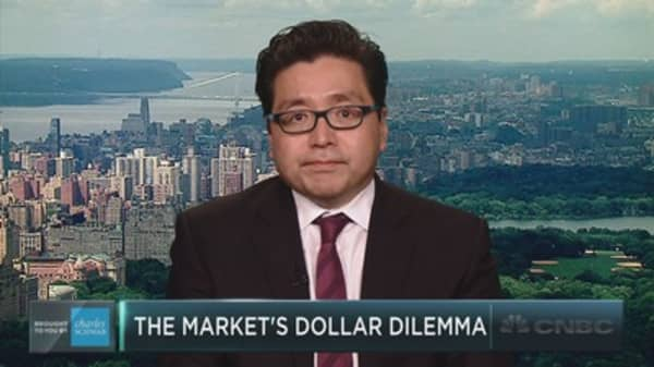 Fundstrat's Tom Lee on a curious market divergence